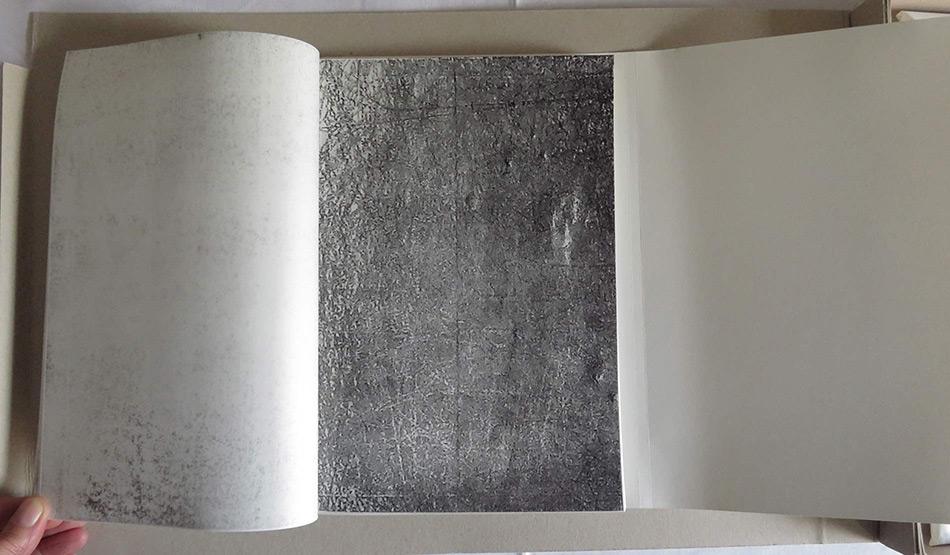 Künstlerbuch zu Zeichnung auf Musik Linienscharen